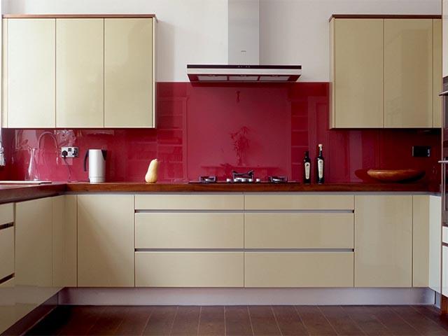 Угловые акриловые кухни в Гомеле